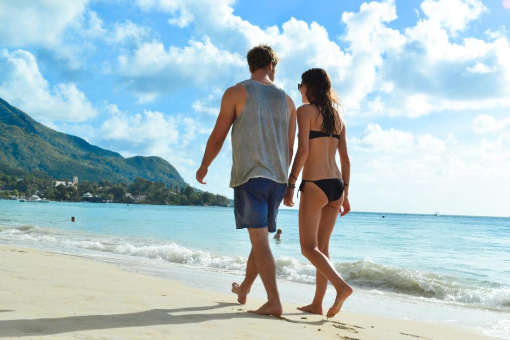 Seychelles beach couple