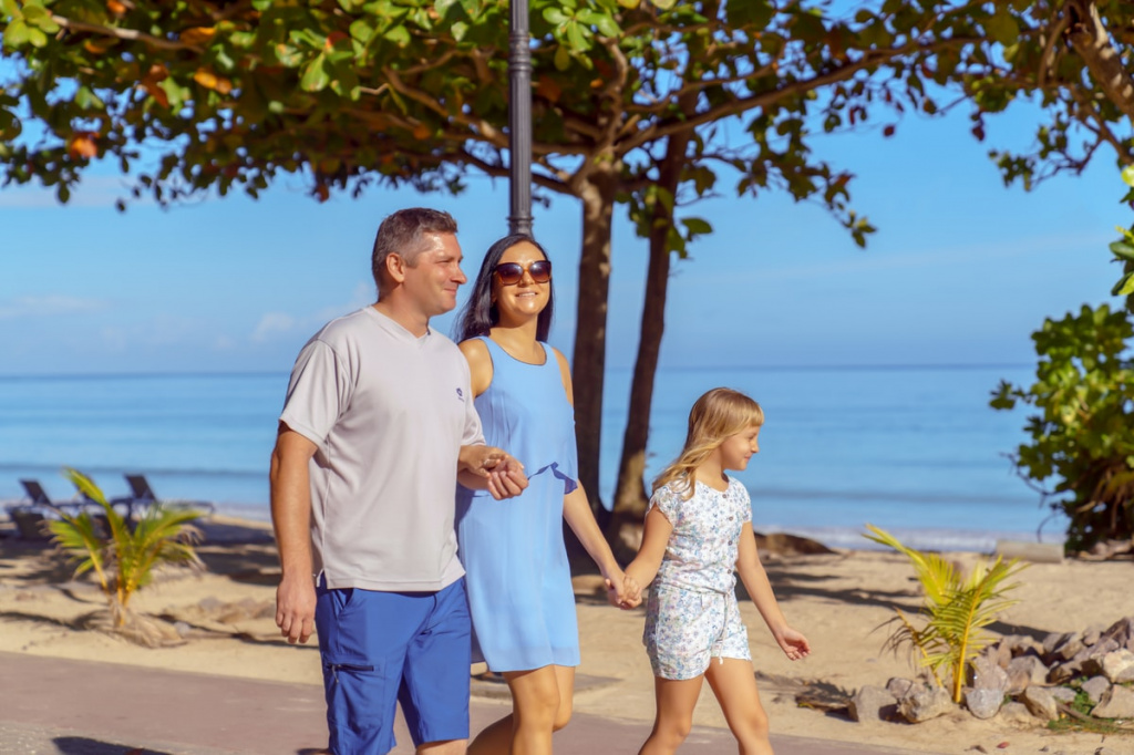 seychelles family holidays wich kids.jpg