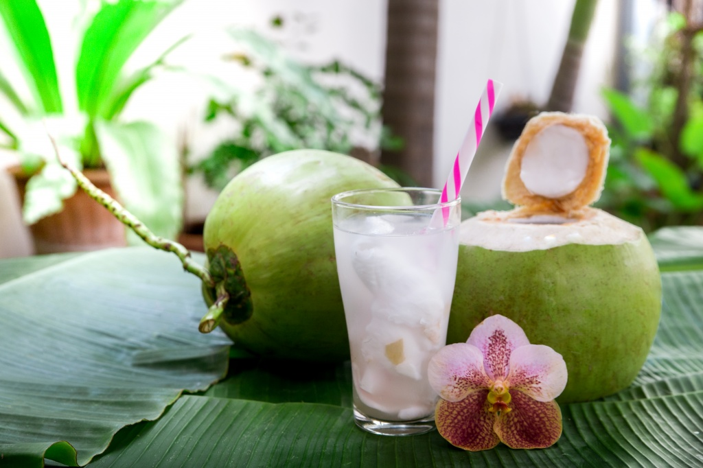 coconut juice.jpg