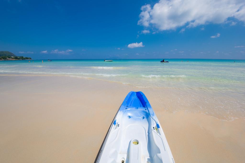 Seychelles surfing